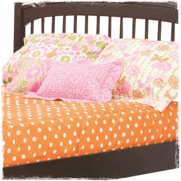 Bunk Bed Hugger in Gumdrop Natural Fabrrics